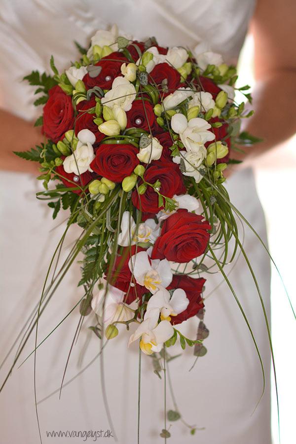Bryllup-brudebuket_brud