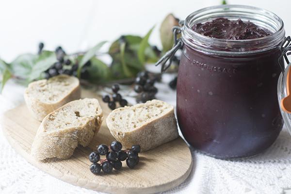 Opskrift på aronia syltetøj // Recipe for chokeberry jam