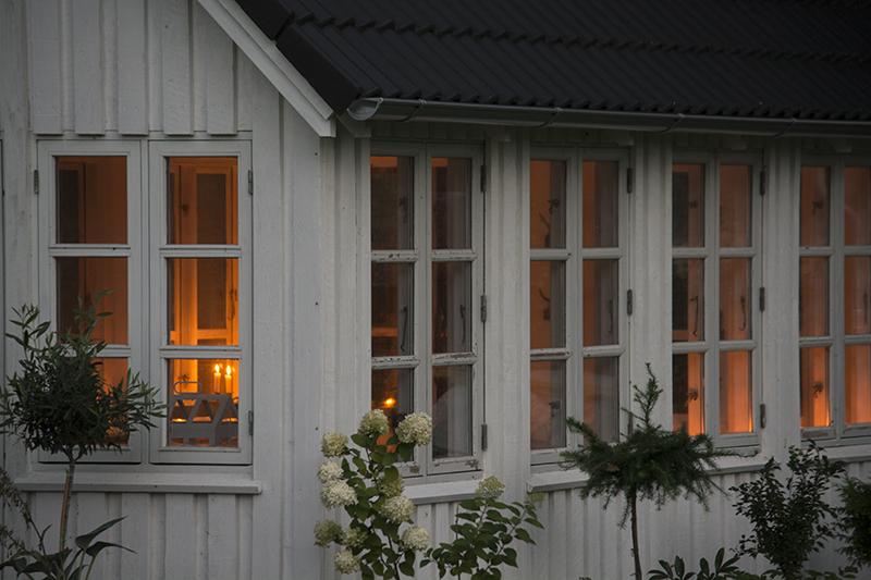 havehus med levende lys - www.vangelyst