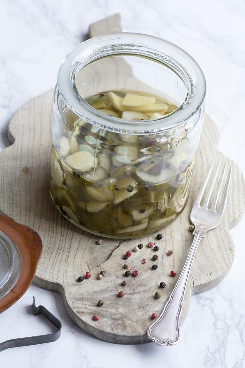Syltede agurker med hvidløg og ingefær + dejlige minder