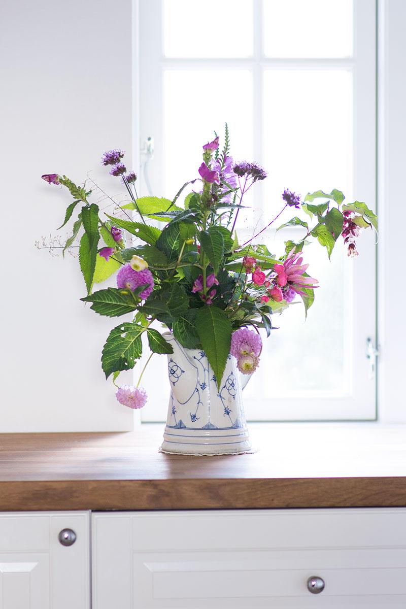Sensommer blomsterbuket - www.vangelyst.dk