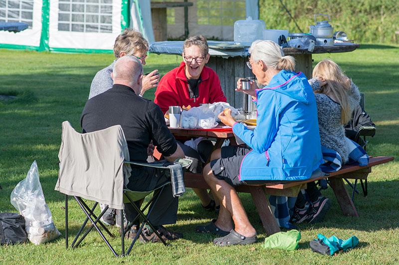 Morgenmad på Brande Camping - www.vangelyst.dk