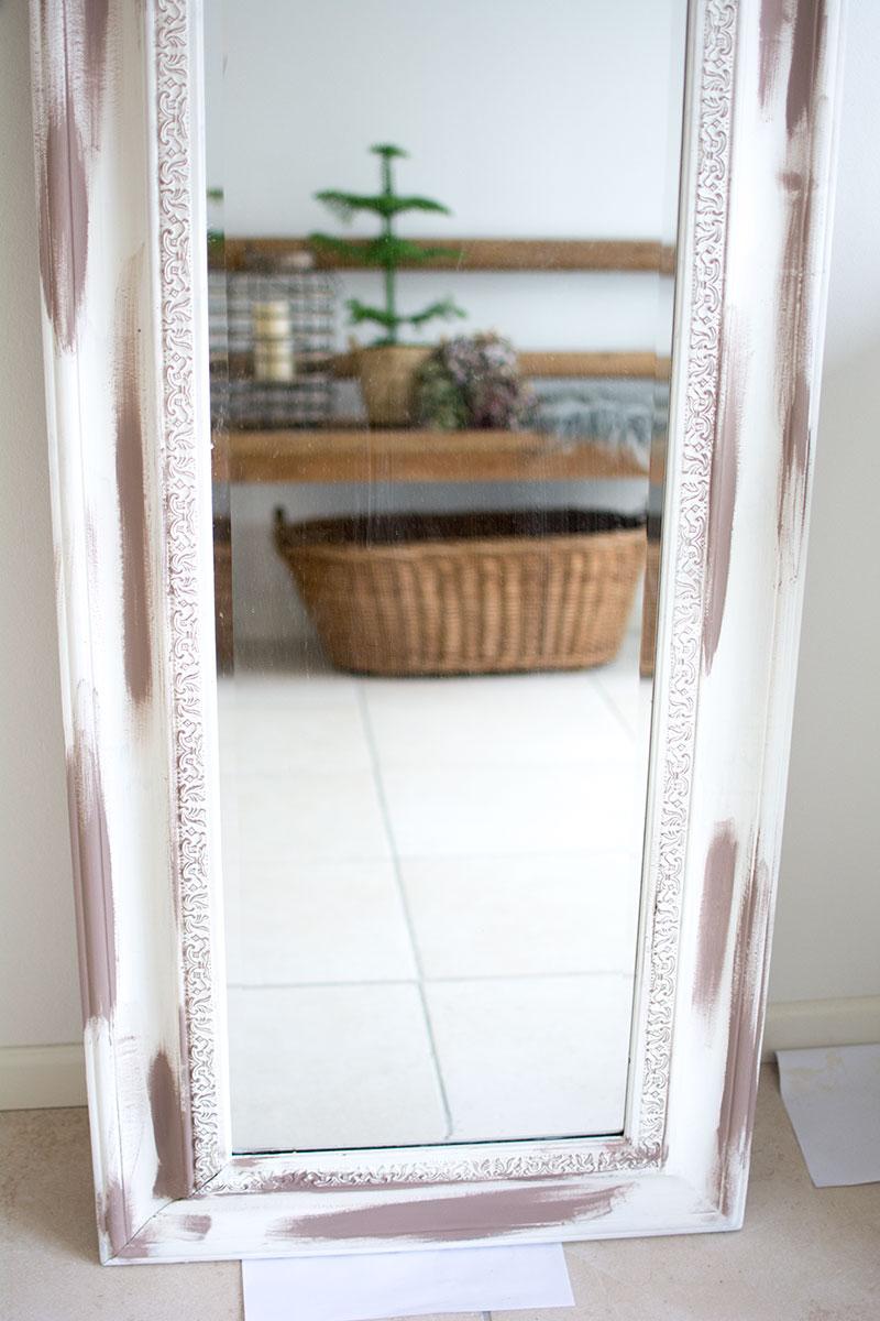 Spejl malet med Annie Sloan maling - www.vangelyst.dk