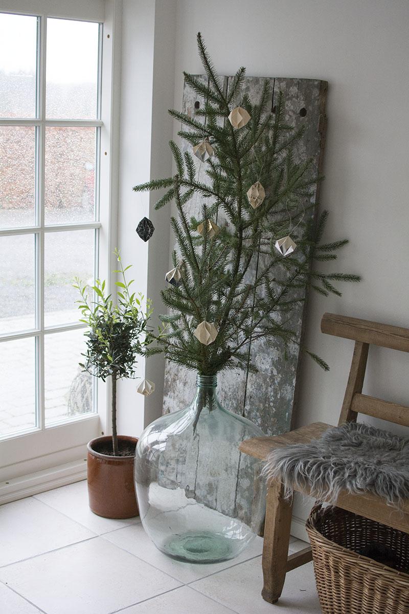Julepynt i forgangen - www.vangelyst.dk