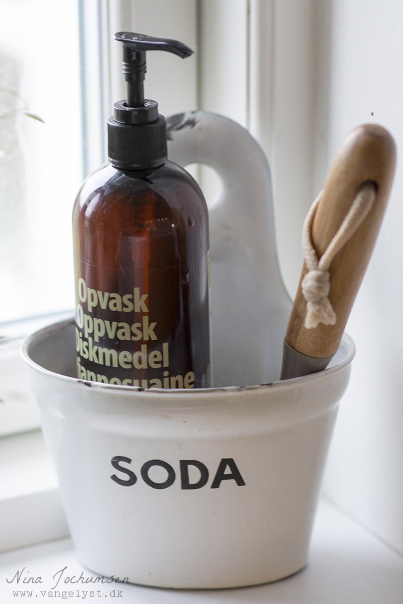 Soda emaljeskål til sæbe - www.vangelyst.dk