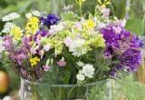 Vase med blomster - www.vangelyst.dk