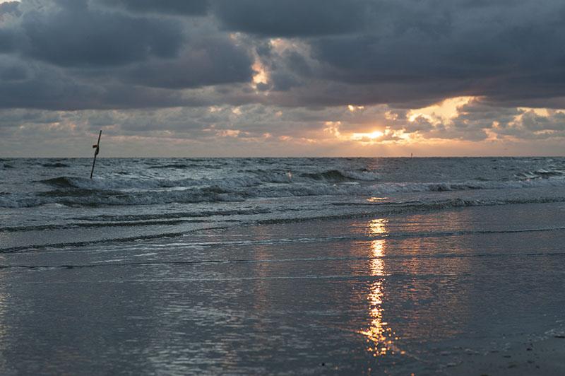 Overskyet solnedgang