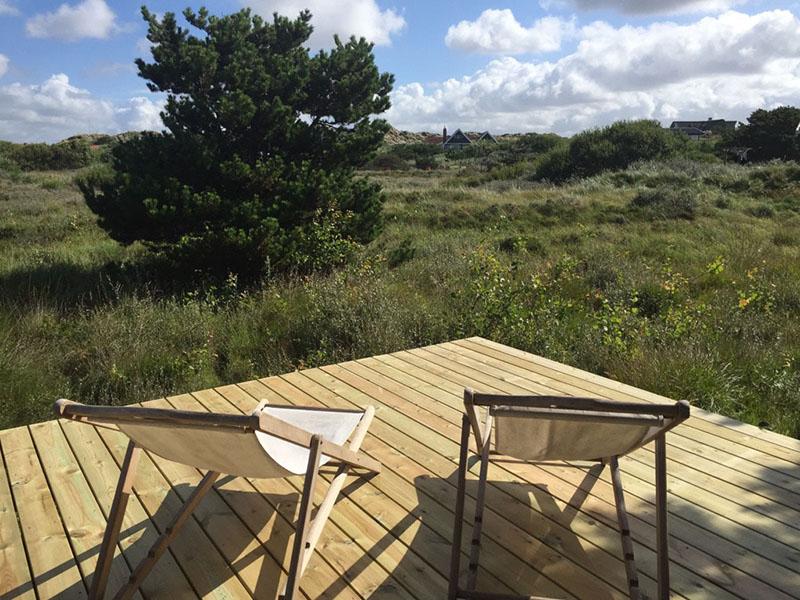Ny terrasse sommerhus færdig - www.vangelyst.dk
