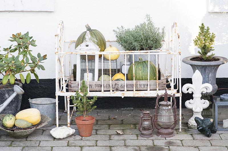 Udendors dekoration i jernseng - www.vangelyst.dk