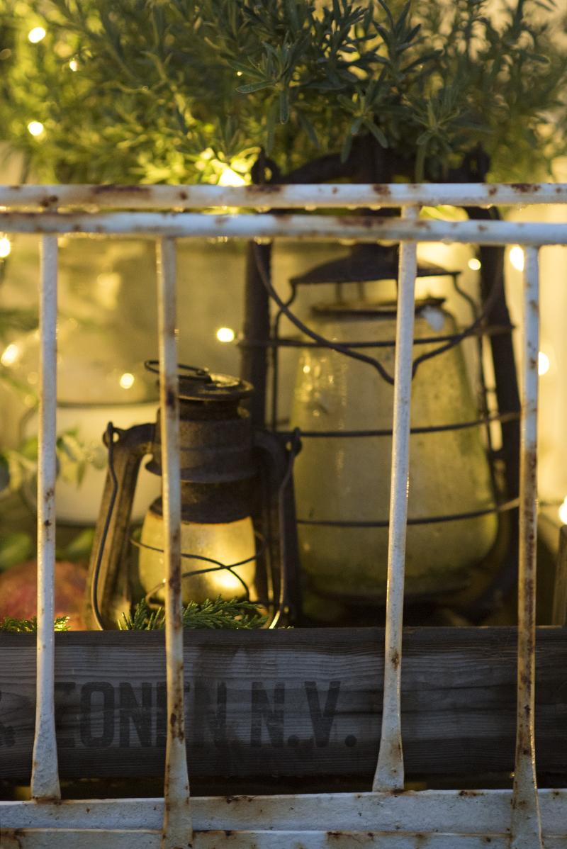 Udendørs dekoration gamle lanterner - www.vangelyst.dk