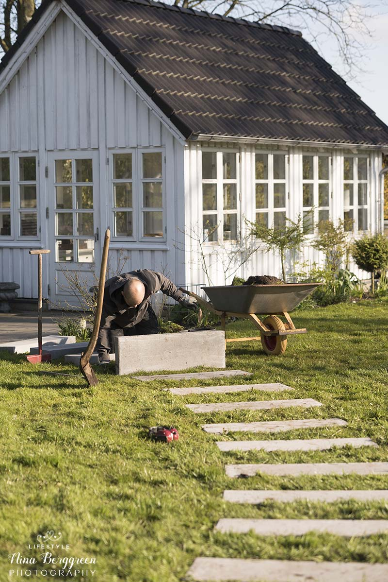 Havesti med trædesten - www.vangelyst.dk