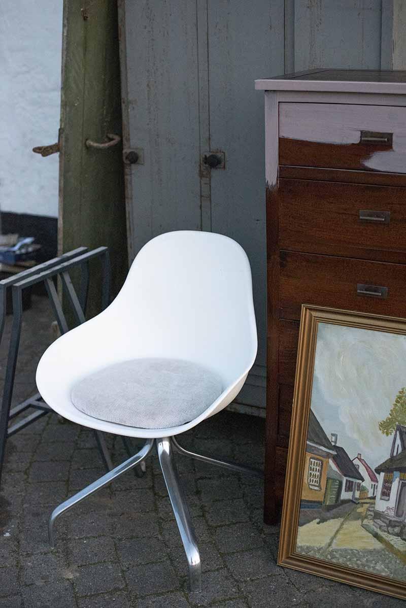 Jakob stol fra Ikea