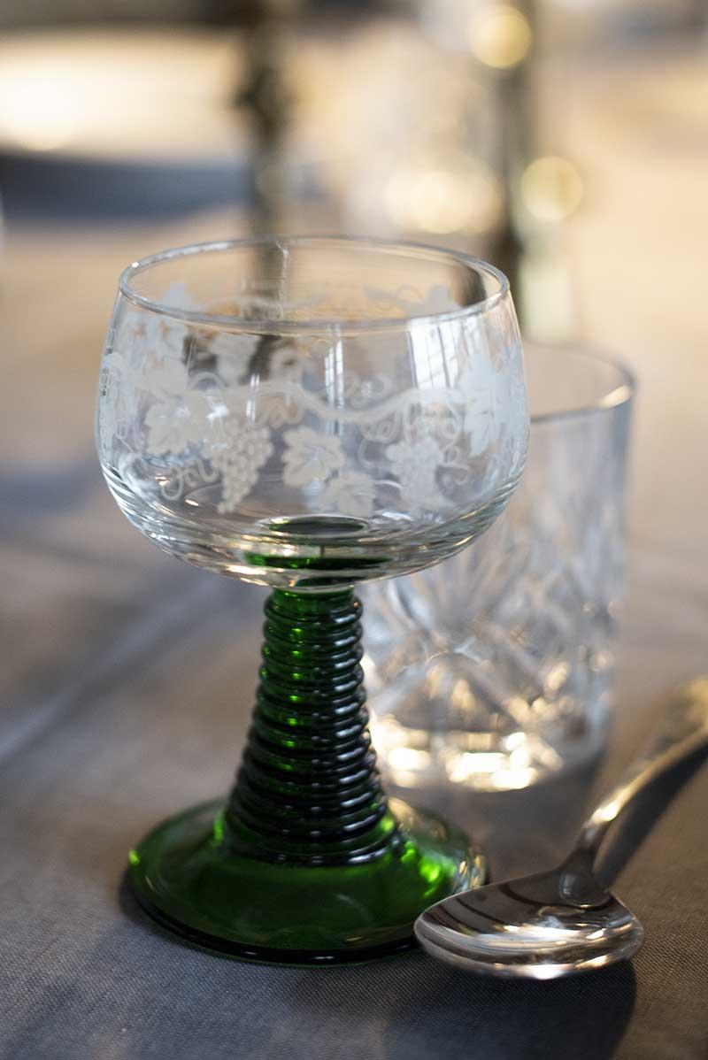 Rømer glas grøn fod - www.vangelyst.dk